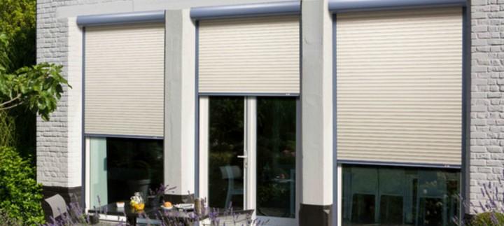 volets roulants pvc good volet roulant pvc manuel sangle lames pvc mm coffre pan coup with. Black Bedroom Furniture Sets. Home Design Ideas